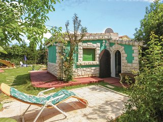 Beautiful home in Medulin w/ WiFi and 1 Bedrooms (CIM284)