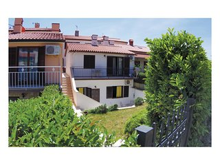 Beautiful home in Pula w/ WiFi and 1 Bedrooms (CIP049)