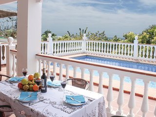 Nice home in Nerja w/ WiFi and 3 Bedrooms