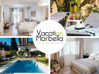 Swimming pool & Elegance!!Near the beach, famous golf courses & the airport.