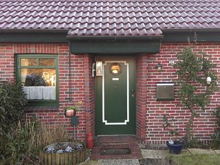 Awesome home in Hooksiel w/ WiFi and 2 Bedrooms