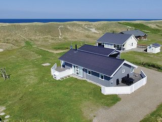 Beautiful home in Harboøre w/ Sauna, WiFi and 4 Bedrooms