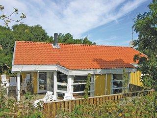 Beautiful home in Allinge w/ Sauna and 3 Bedrooms