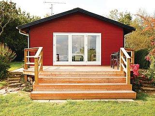 Nice home in Allinge w/ 2 Bedrooms
