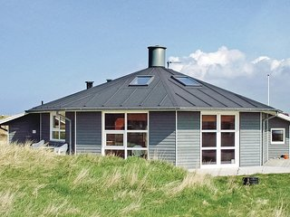 Nice home in Vestervig w/ Sauna, WiFi and 3 Bedrooms (A6028)
