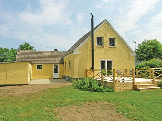 Amazing home in Østermarie w/ WiFi and 3 Bedrooms