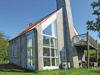 Amazing home in Svaneke w/ Sauna, WiFi and 4 Bedrooms (I58920)
