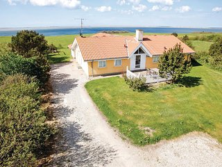 Stunning home in Vestervig w/ Sauna, WiFi and 4 Bedrooms (A6295)