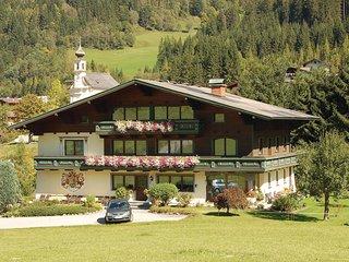 Nice home in Flachau w/ 2 Bedrooms
