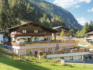 Stunning home in Rauris w/ 1 Bedrooms