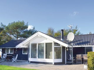 Nice home in Gilleleje w/ WiFi and 3 Bedrooms