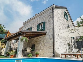Awesome home in Imotski w/ WiFi and 3 Bedrooms