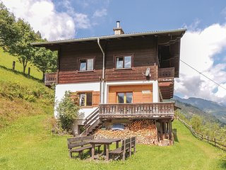 Awesome home in Huttschlag w/ Sauna, WiFi and 4 Bedrooms