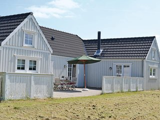 Beautiful home in Vejby w/ Sauna, WiFi and 3 Bedrooms