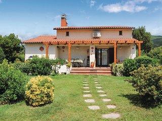 Beautiful home in Castiglione Pescaia GR w/ 3 Bedrooms (ITM118)
