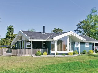 Stunning home in Idestrup w/ Sauna and 3 Bedrooms