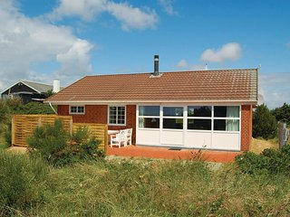 Stunning home in Rømø w/ WiFi and 2 Bedrooms (R10203)