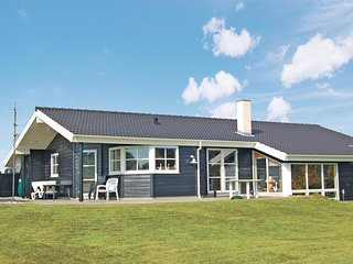 Awesome home in Rømø w/ Sauna, WiFi and 4 Bedrooms