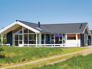 Awesome home in Rømø w/ Sauna, WiFi and 3 Bedrooms (R10222)