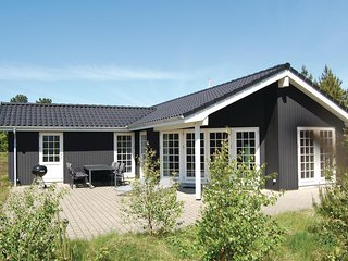 Awesome home in Rømø w/ Sauna, WiFi and 3 Bedrooms (R10194)