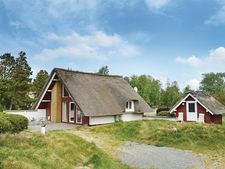 Awesome home in Rømø w/ 3 Bedrooms (R10244)