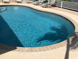 Key Colony Beach Tropical Pool Home-Open 7/6 to 7/13.  $200 Off!