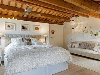 4 bedroom Villa in Sant Cebrià de Lledó, Catalonia, Spain - 5654578