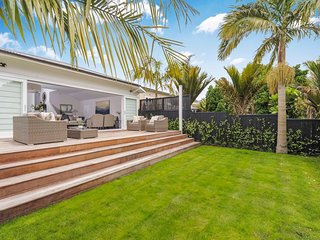 Private Ponsonby Oasis