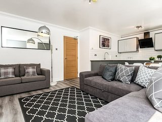 Stylish 2 bed Apt near Bold Street Super Central!