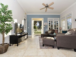 Well-Appinted 3 Bed/2 Bath in Terraces at Reunion Resort, WiFi, Resort Pool-7501