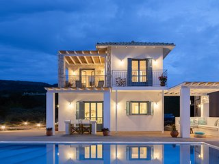 Next Year Offer : MODERN VILLA WITH INCREDIBLE SUNSETS AND AMAZING VIEWS