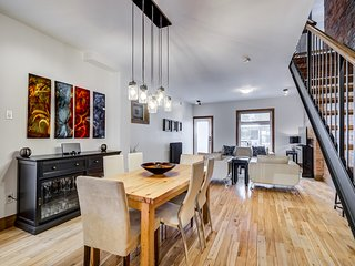 BEAUTIFUL LARGE MODERN OPEN CONCEPT HOME IN PRIME LOCATION W ROOF TOP DECK