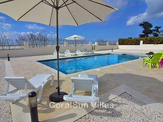 Sea Front Position, Luxury Villa, Large Pool & Garden, Peaceful area
