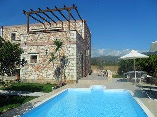 Vill Chryssa, stone villa with private pool in Neo Chorio village, Chania Crete