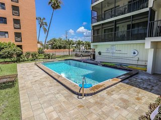 Steps from the sand - Oceanfront Ft. Myers Beach Florida Vacation Condo