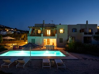 villa Parasporos with private pool