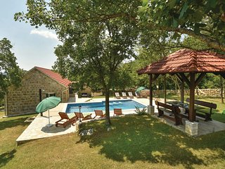 Nice home in Hrvace w/ WiFi and 4 Bedrooms