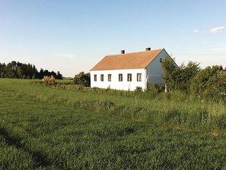 Amazing home in Dietmanns w/ 2 Bedrooms