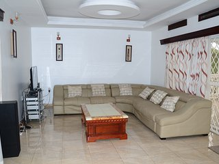 Muyenga Vacation Home - Luxury Apartment, 2 Bedrooms, Ensuite