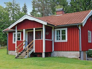 Beautiful home in Skepplanda w/ 2 Bedrooms