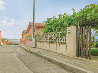 Nice home in Porto Alabe w/ WiFi and 3 Bedrooms