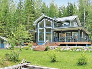 Beautiful home in Vartiala w/ Sauna, WiFi and 5 Bedrooms