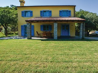 Stunning home in Koper w/ WiFi and 3 Bedrooms
