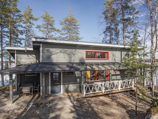 Stunning home in Pertunmaa w/ Sauna, WiFi and 5 Bedrooms