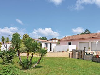 Awesome home in Moulézan w/ WiFi and 0 Bedrooms