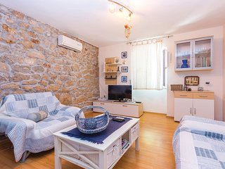 Awesome home in Meja Gaj w/ WiFi and 1 Bedrooms (CKA118)