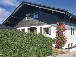 Nice home in Stathelle w/ Sauna, WiFi and 2 Bedrooms