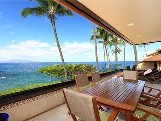 Gorgeous Remodeled Ocean Front Condo - Makena Surf Resort G-206