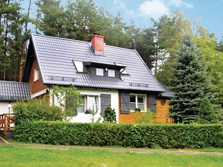 Nice home in Szemud w/ Sauna and 2 Bedrooms