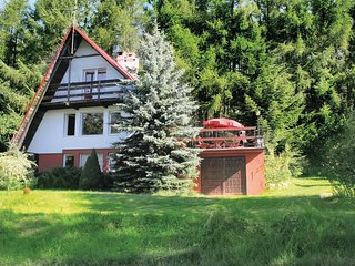 Amazing home in Suleczyno w/ Sauna and 3 Bedrooms